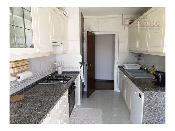 Apartamento T2 - Arrendamento