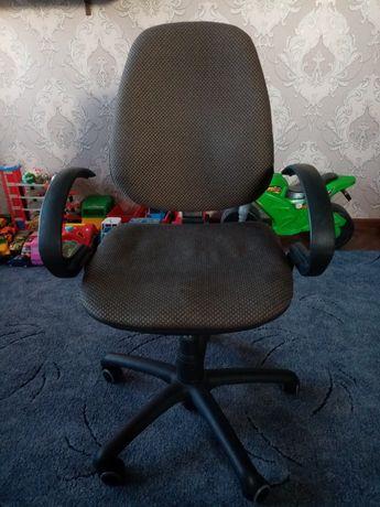Офисный стул, кресло