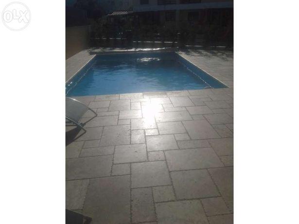 Marmore para pavimento de piscina
