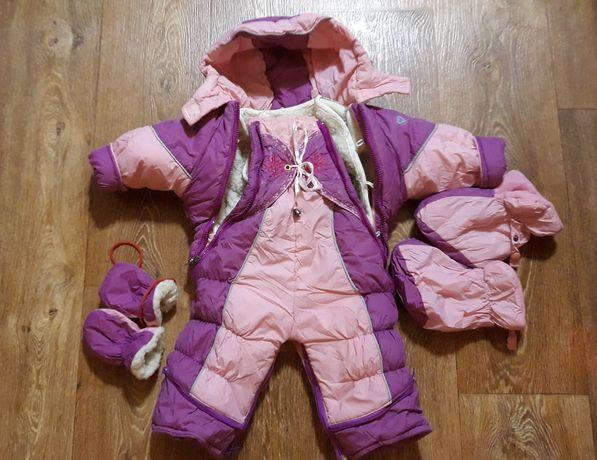 Продам зимние комбинезоны с рождения до года