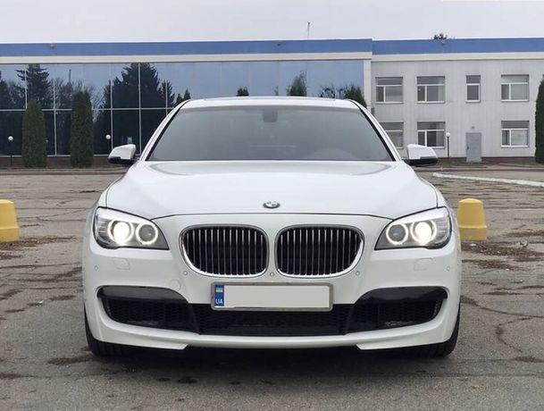 BMW 740i Long  /2013год