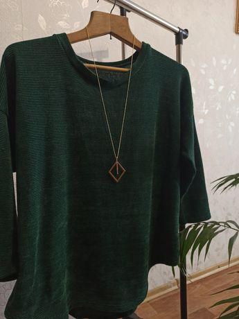 Мягусенький свитер, состояние нового. 52-54 р