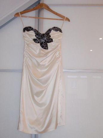 Sukienka na okoliczności- jak nowa