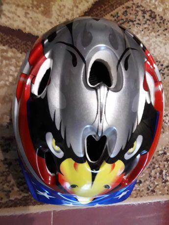 Шлем защитный велосипедный + защита( налокотники, наколенники..)