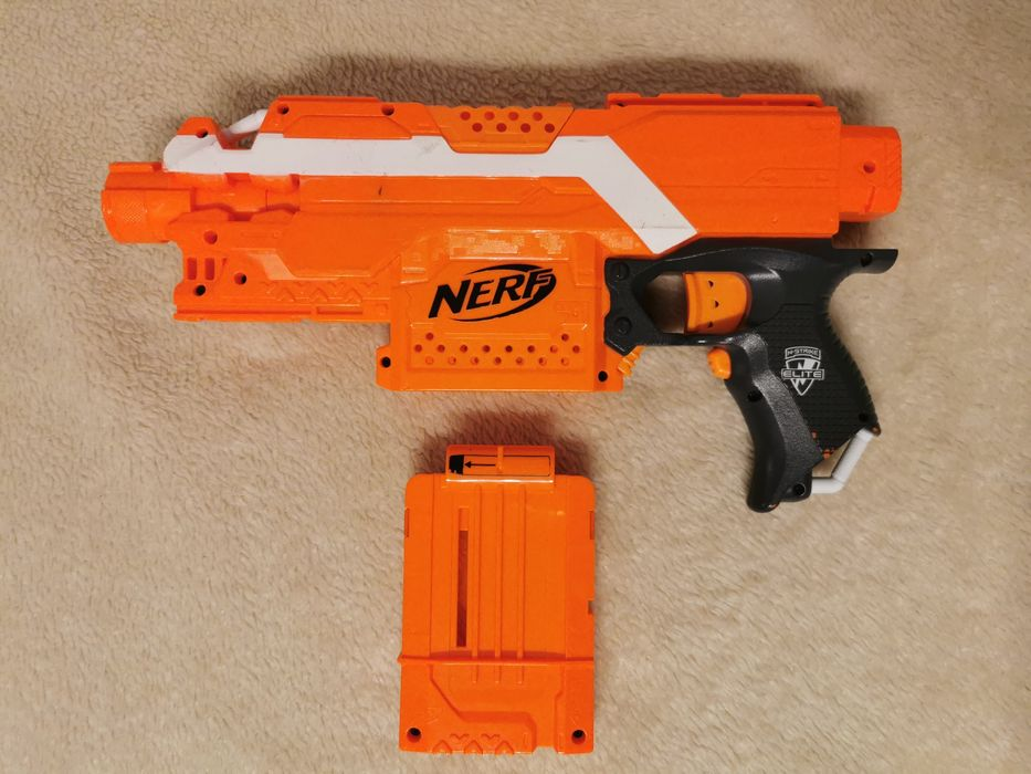Nerf n-strike Elite stryfe jak nowy Częstochowa - image 1