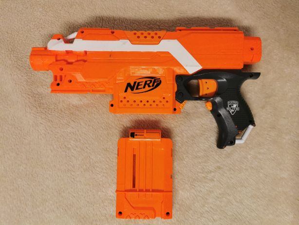 Nerf n-strike Elite stryfe jak nowy