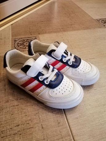 Дитячі кросівки - кеди