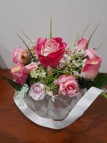 Promocja Flowerbox bukiet róż,  prezent , welurowa doniczka