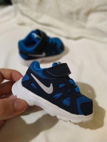 Кроссовки кеды сетка и кожа лето Nike оригинал новые 17 до года