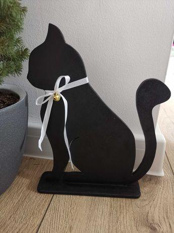 Kot dekoracyjny.