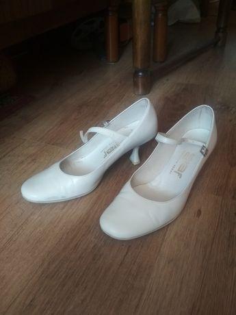 Buty ślubne ecru 38 obcas 6cm