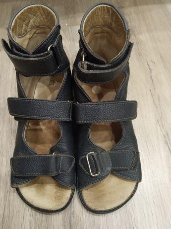 Босоножки ортопедические. Ортопедическая обувь