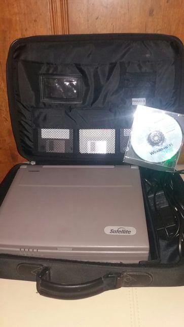 Komputer laptop Toshiba Satellite MMX 200 retro