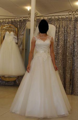 Sweetheardt 6126 - Przesliczna sukienka ślubna