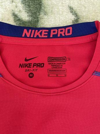 Tshirt treino licra dri fit Nike Pro tamanho M