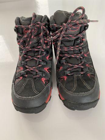 Wodoodporne zimowe buty mountain warehouse, dla dziewczynki w roz. 32.