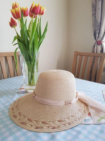 Nowy kapelusz do stylizacji retro