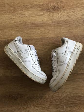 Nike air force x new balance dr martens