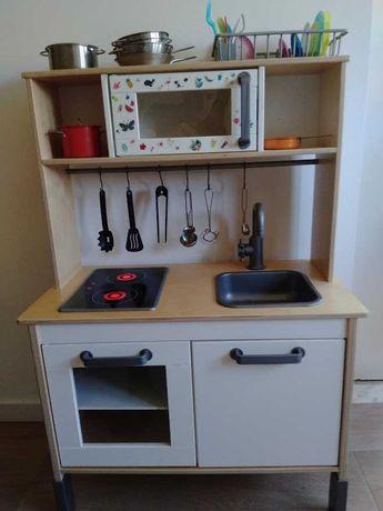 Cozinha de Brincar Ikea com acessórios