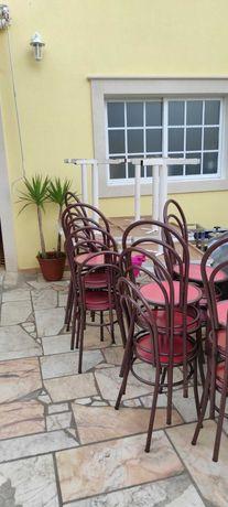 Mesas e cadeiras hotelaria