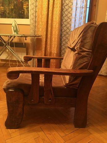 Продам старинную мебель,50 годы,Голландия,диван+кресло,велюр,под реста