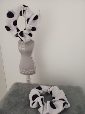 Nowe gumki scrunchy frotki białe w czarne kropki