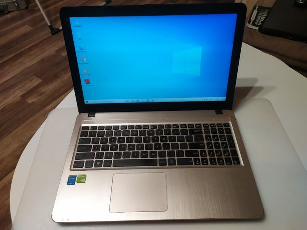 ASUS X540L - i5/8GB/NV 920M/1 TB/Windows 10