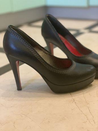 Шкіряні туфлі,натуральна шкіра
