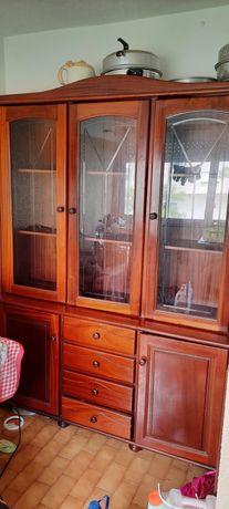 Armário de cozinha para arrumação