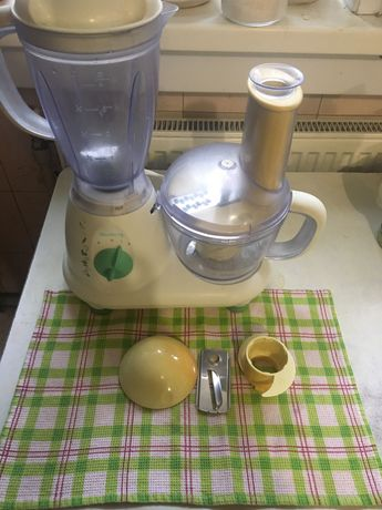 Кухонный комбайн Elenberg FP 450