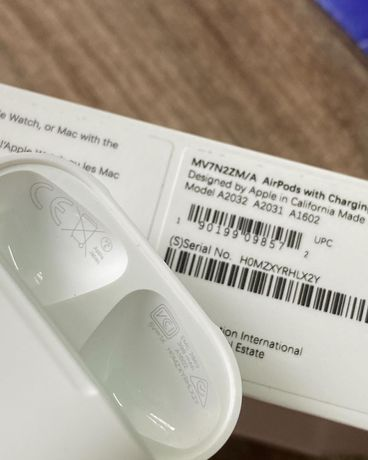  Оригинальные AirPods 2 with Charging Case (MV7N2) Open Box Новые