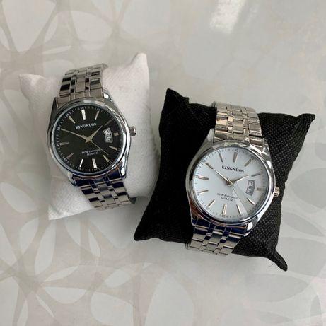 Мужские часы Kingnuos с датой серебристые на металлическом браслете