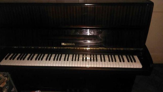 Pianino Marki Legnica