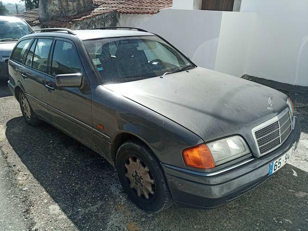 Carrinha Mercedes C180
