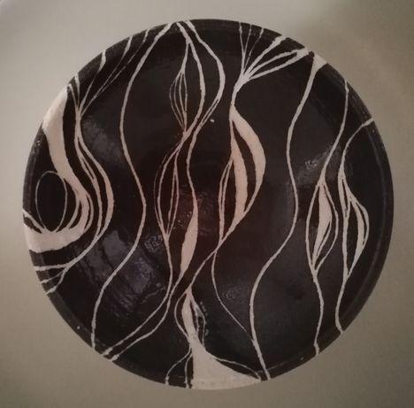 Tigela de cerâmica artesanal