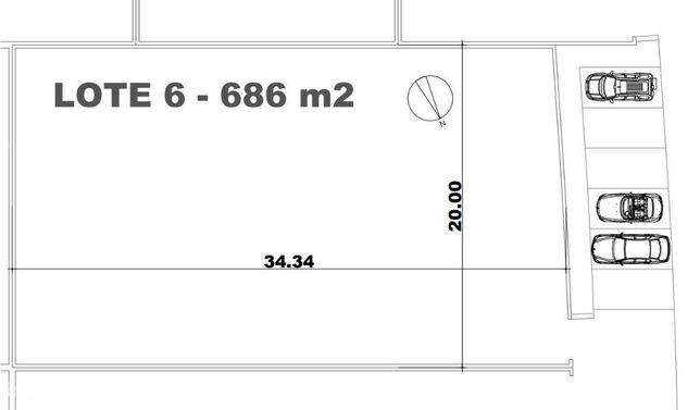 Lote de terreno plano urbano de 686m2