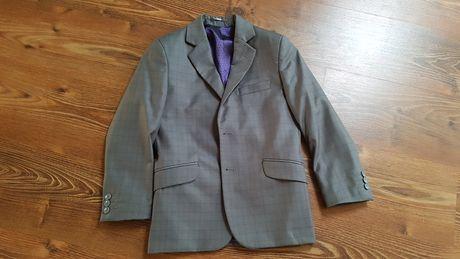 Пиджак на мальчика 10-11 лет рост 140 см