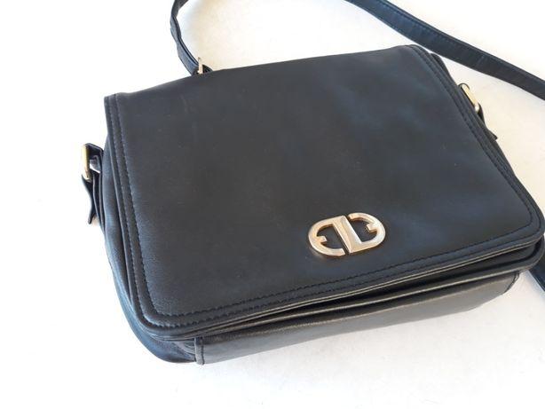 Mała czarna torebka skórzana Marks & Spencer