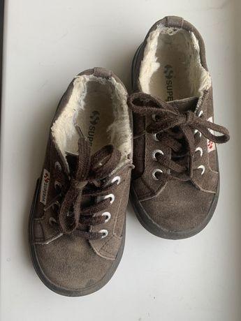 Продам демі черевики