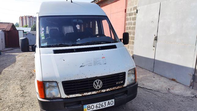 Продаєтся автомобіль Volkswagen LT28