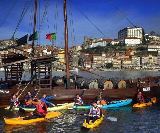Passeios de kayak em várias zonas do rio Douro no Porto