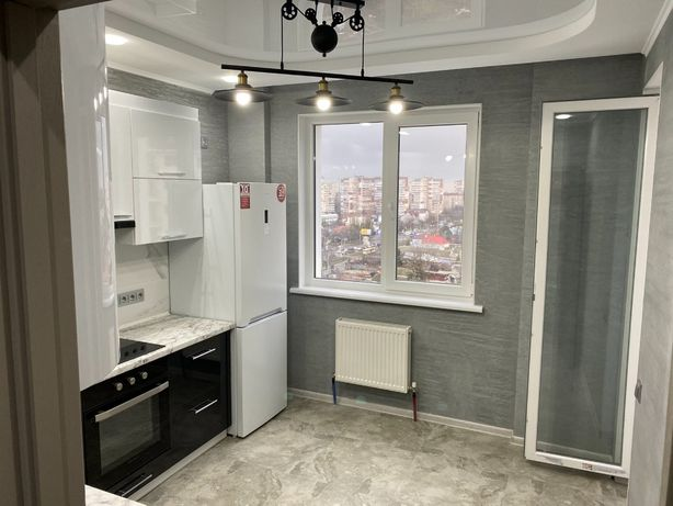 2-х комнатная квартира с ремонтом в ЖК Континент h