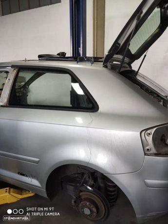 Painel Esquerdo- Audi A3 8P