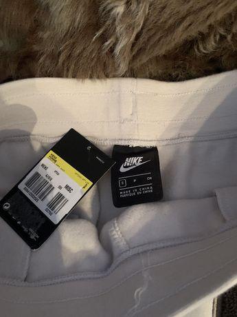 Шорти Nike