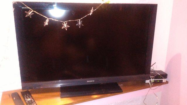 Sprzedam telewizor sony brawia 37