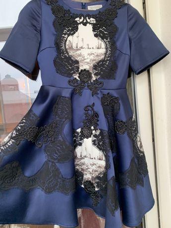 Нарядное платье Neat Smile размер S на  Новый Год или любой праздник