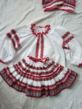 Український костюм на дівчинку