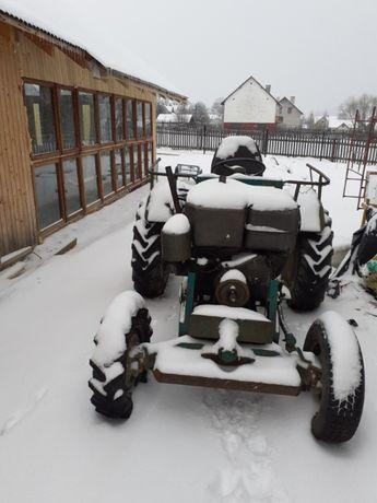 traktor SAM z silnikiem s 15