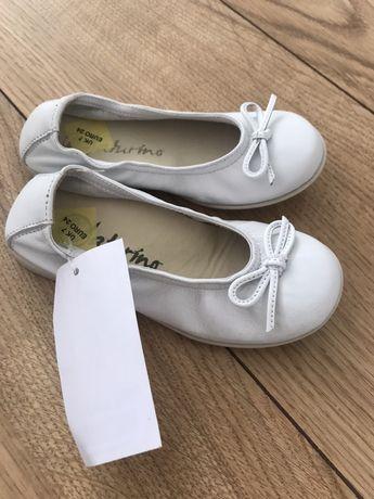 Buty baleriny białe rozmiar 24 Naturino nowe