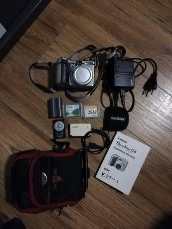 Aparat Canon G6.